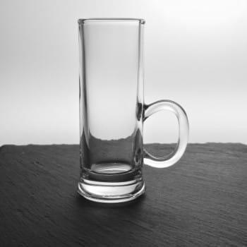 Schnapsglas mit Henkel