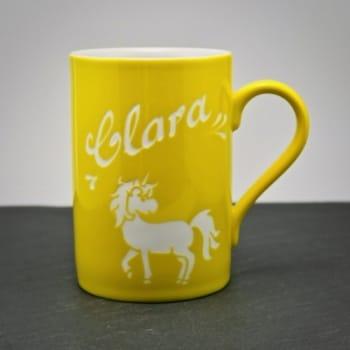 Tasse Gelb mit Namen und Einhorn gravur