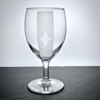 "Weinglas mit ""Poker-Caro Motiv graviert"