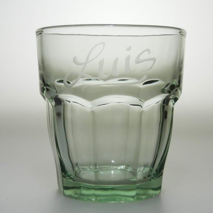 whiskyglas rock bar 27 cl gr n mit individueller namensgravur. Black Bedroom Furniture Sets. Home Design Ideas