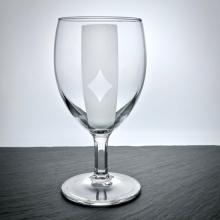 Weinglas mit Poker-Caro Motiv graviert